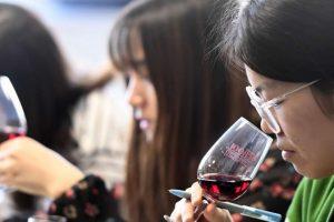 Cina, il vino italiano nei primi sei mesi 2018 cresce del 14,75%, e la campagna Ice inizia col botto