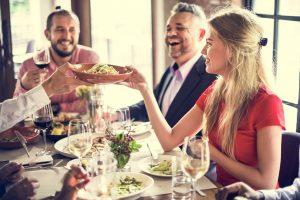 Gli italiani non rinunciano al ristorante nemmeno in pausa pranzo: l'indagine di TheFork