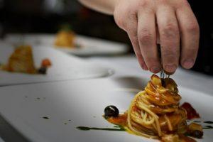 Contemporanea, di territorio, di qualità: la cucina italiana oggi (e gli chef) per i protagonisti