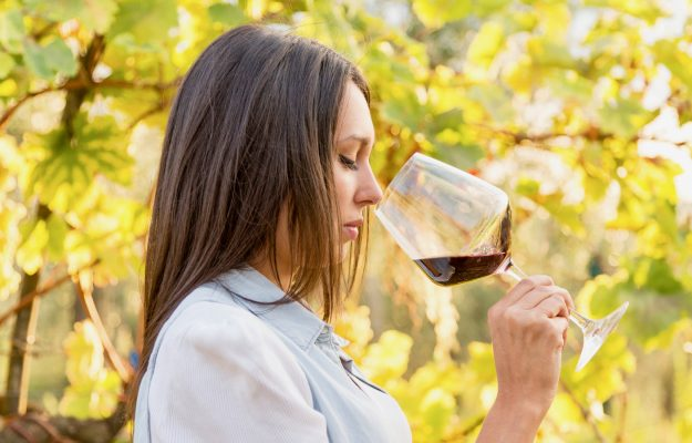 DONNE, GENERE, vino, WINE INTELLIGENCE, Mondo