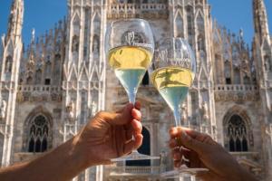 Le bollicine della Franciacorta invadono Milano e conquistano i giovani wine lover