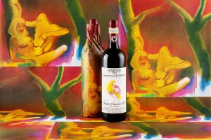 "Celebrating women and sensuality: Allen Jones ""dresses"" Nittardi's Chianti Classico"