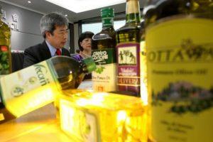 In Cina le importazioni di olio d'oliva italiano crescono del 41% a 40 milioni di euro