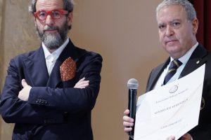 """Il direttore di WineNews Alessandro Regoli è """"Sommelier ad Honorem"""" dell'Ais"""