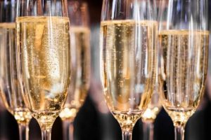 "Sparkling wines lead Italian wine exports and are the stars of the ""Sparkle 2019"" Guide"