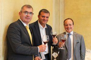 Vinitaly in Cina, con il Ministro dell'Agricoltura Centinaio, per la promozione del vino italiano