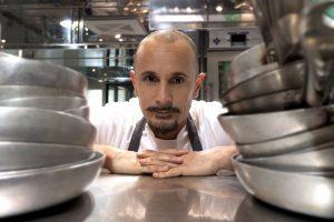 """""""Les 100 Chefs"""": Arnaud Donckele (La Vague d'Or di Saint Tropez) n. 1"""