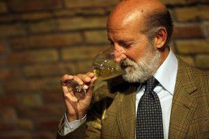"""44 vini da 99/100: l'eccellenza per l'""""Annuario dei Migliori Vini Italiani 2019"""" di Luca Maroni"""