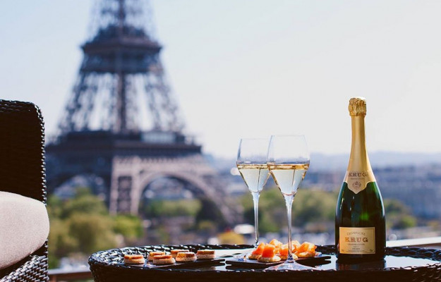 PARIS, ROME, WINE, News