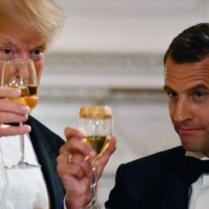 L'allarme corre su Twitter: Donald Trump contro Macron, tira in ballo il vino e ipotesi sui dazi