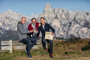 Tra i vigneti d'alta quota di Cantina Tramin, casa dei primi 100/100 di Parker in Alto Adige