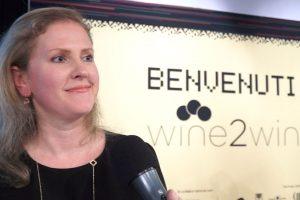 Difficile selezionare solo 100 cantine per raccontare il vino italiano: Opera Wine per Alison Napjus