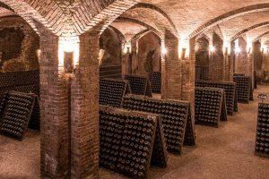 Tra storia, gastronomia ed impegno etico: il rilancio dell'Alta Langa, l'anima brut del Piemonte