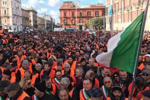 Crisi produttiva e Xyllella, dopo le proteste, la risposta del Ministro Gian Marco Centinaio