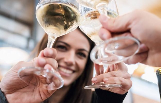 Alcoholic consumption, Mortality rate, News