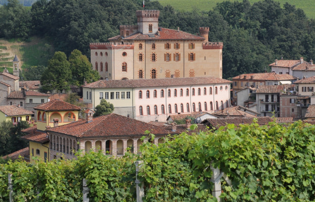 BAROLO, Cities of Wine, ITALIAN CAPITAL OF WINE, LANGHE, News