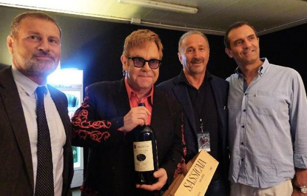 ELTON JOHN, GAY COMMUNITY, LGBT, VIP, WINE, News