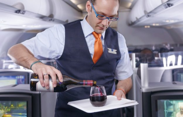 BUSINESS TRAVELLER, CELLAR IN THE SKY, MALAYSIA AIRLINES, QUANTAS, vino, Mondo