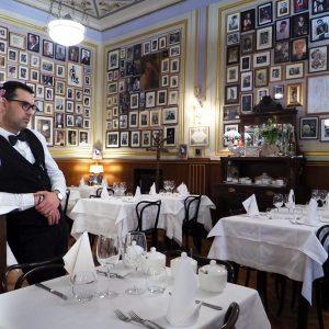 Coldiretti: ristorazione chiusa, nel 2020 bruciati 9,6 miliardi di euro per vino e cibo invenduti