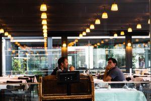 18 maggio, la data simbolo della ripartenza di bar e ristoranti. Ma è una falsa partenza