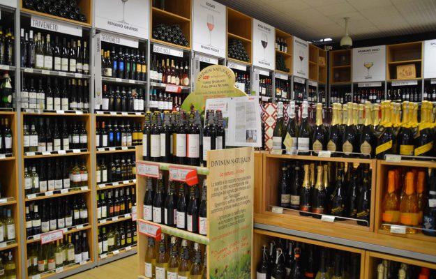 BAROLO, BRUNELLO, CHIANTI, GDO, IRI, LAMBRUSCO, LUGANA, MONTEPULCIANO D'ABRUZZO, VINITALY, vino, Italia