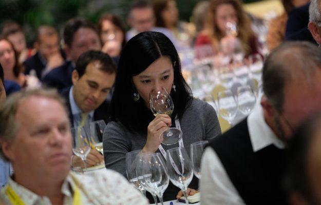 COVID, FIERE, MERANO WINE FESTIVAL, PROWEIN, Vinexpo, VINITALY, vino, WINE2ASIA, WINE2WINE, Mondo
