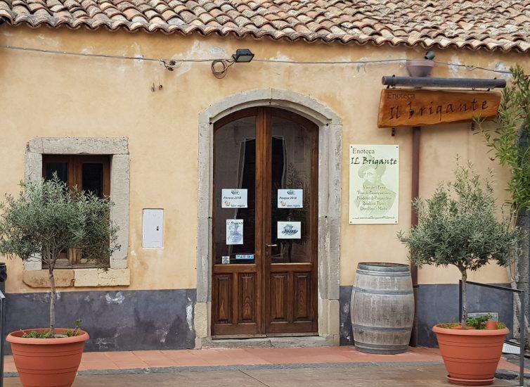 ENOTECA, IL BRIGANTE, PASSOPISCIARO, Ristoranti ed Enoteche, Su i Quaderni di WineNews