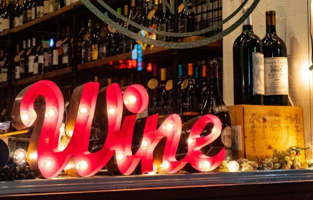 alcol, COVID, DIVIETI, LOMBARDIA, vino, Italia