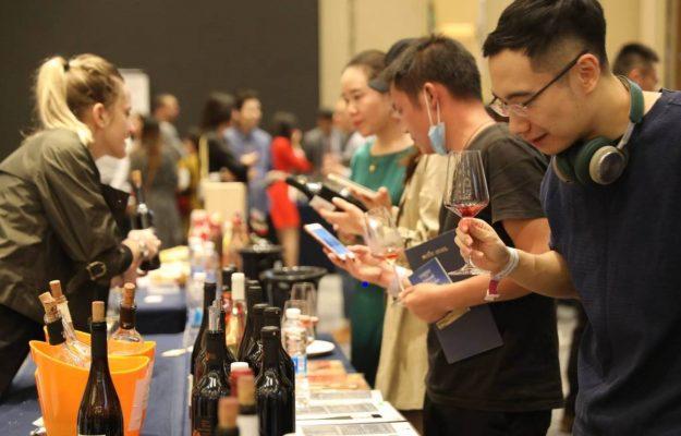 COMUNICAZIONE, ICE, NATION BRANDING, ROBERTO LUONGO, vino, WINE TO ASIA, Italia