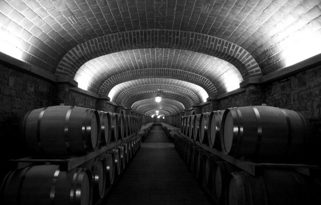 CANTINA ITALIA, GIACENZE, ICQRF, vino, Italia