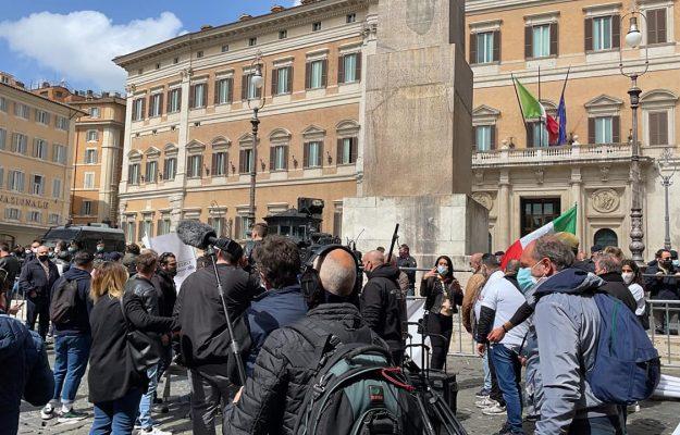 #IOAPRO, CRISI, FIPE CONFCOMMERCIO, PROTESTA, RISTORAZIONE, ROMA, SENATO, Non Solo Vino