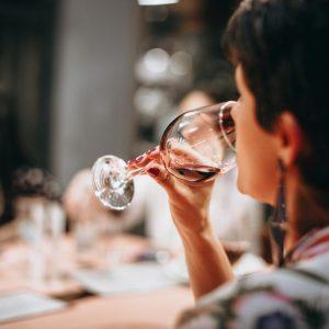 """""""Vinitaly Special Edition"""" 2021, il più grande """"walk around tasting"""" del vino italiano"""